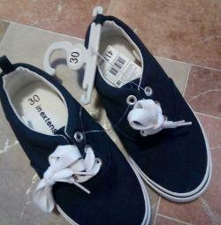 Saddle pantofi noi r.30 culoare albastru inchis