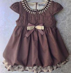 Нові сукні від 1 до 5 років.
