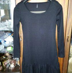 Трикотажное, облегающее, черное платье мини