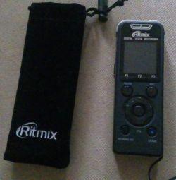 Диктофон новый