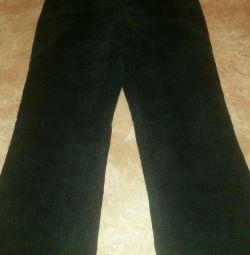 Hamile kadınlar için kadife pantolon