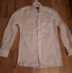 The shirt is men's, white, size 46