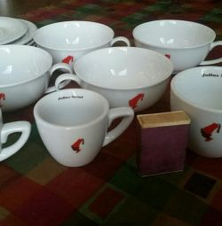 Cups and saucers for coffee Julius Meinl