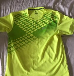 Спортивные футболки DRI-FIT