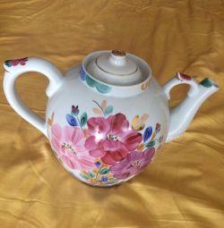 Teapot Dulyovo