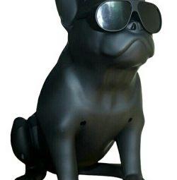 Column French Bulldog
