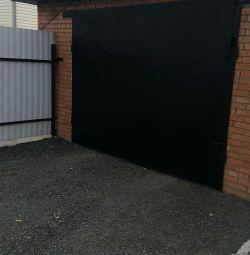 Usi de garaj 300x232