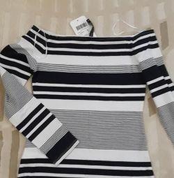 Açık omuzlu bluz