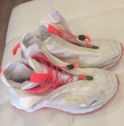 Μπότες Reebock