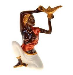 Статуэтка Эфиопка с лампой.