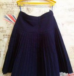 Школьные рубашка и юбка