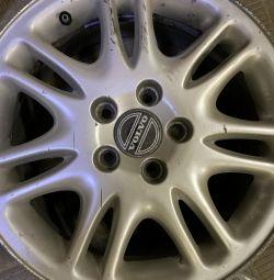 Alloy wheels r15