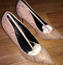 Pantofi noi p 39