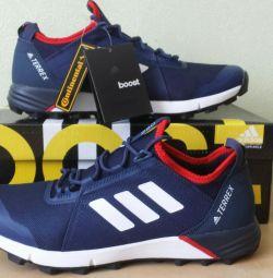 Кроссовки Adidas Terrex Boost 250, Новые