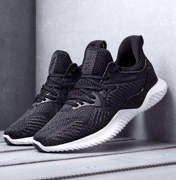 Adidas Alphabounce (sizes 40-44)