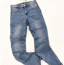 Нові джинси від H & M