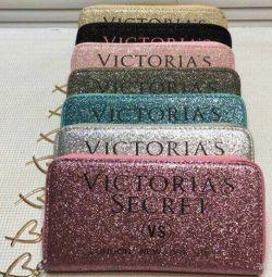 VS'den şık parlak cüzdanlar