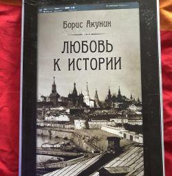 B. Dragostea lui Akunin despre istorie