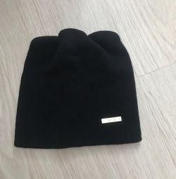 New children's hat. (2-4 years)