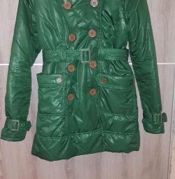 Jachetă mărime 44-46. Verde saturat.