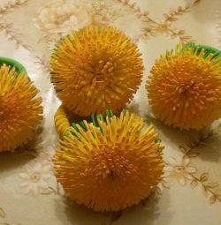 Gum dandelions