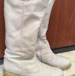Οι μπότες είναι το χειμώνα. P 38
