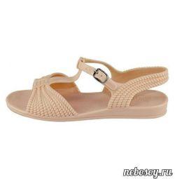 Παπούτσια από PVC νέα