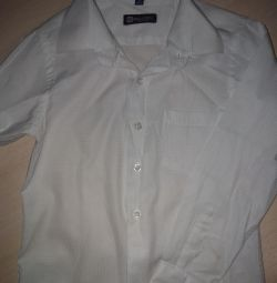 Shirt white fitted for 5-6 years