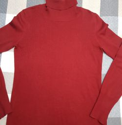 Women's turtleneck
