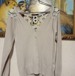 Μπουφάν, πουλόβερ, πουκάμισο, φόρεμα, μπλουζάκι