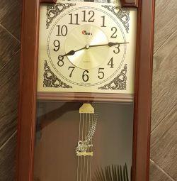 Ρολόι τοίχου. V. 130cm W.40cm Βάθος 15εκ