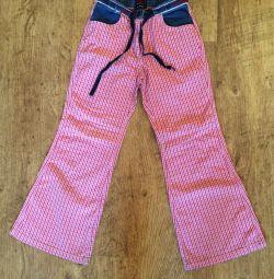 Παντελόνια και παντελόνια για κορίτσια