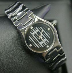 Κυρίες ρολό κεραμικά ρολόι