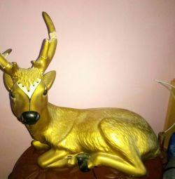Plaster figure deer