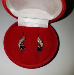 Серьги с бриллиантами и сапфирами. Золото 585