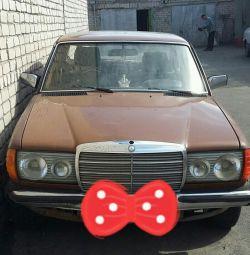 Mercedes-Benz E-Клас, 1980