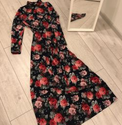 Όμορφο φόρεμα Midi