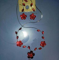 Colier de flori + Cercei de garoafa