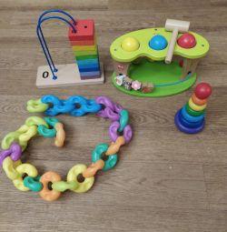 Ahşap eğitici oyuncaklar