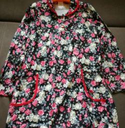 Büyükanneler için yeni bir elbise