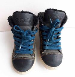 Οικολογικές μπότες Ecco p28