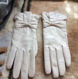 Mănuși din piele 100%