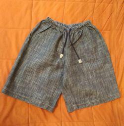 Шорты джинсовые на 8-10 лет