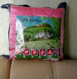 Одеяло-покрывало атласное 120*120 см