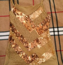 Top with paillettes