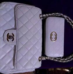 Femeie de mână + portofel
