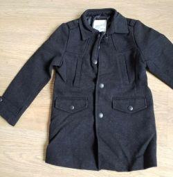 Coat zara pentru un băiat de 4-5 ani. nou