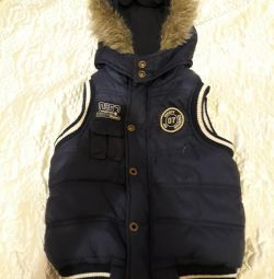 Warm vest for a boy, 2-5 years