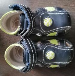 Sandale 22 mărime