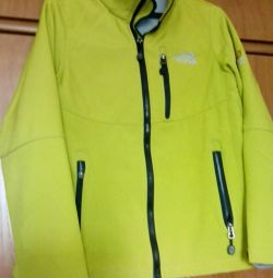 Спортивная куртка, р 44-46, не промокает.